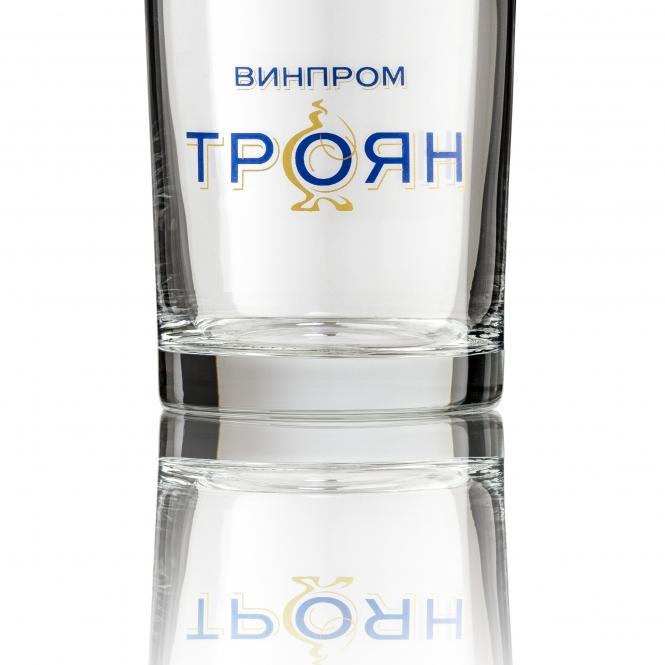 Стъклена чаша за ракия 195мл.